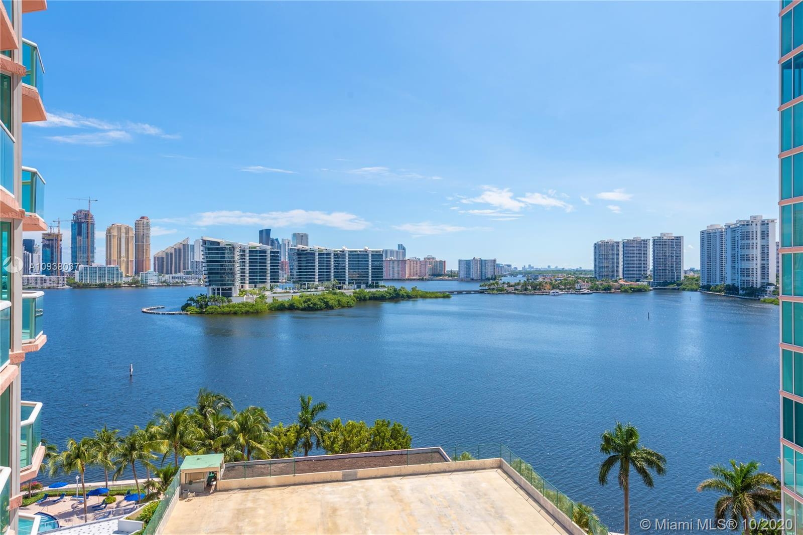 A must see!! This beautifully renovated condo located in the center of Aventura, less than half a mi