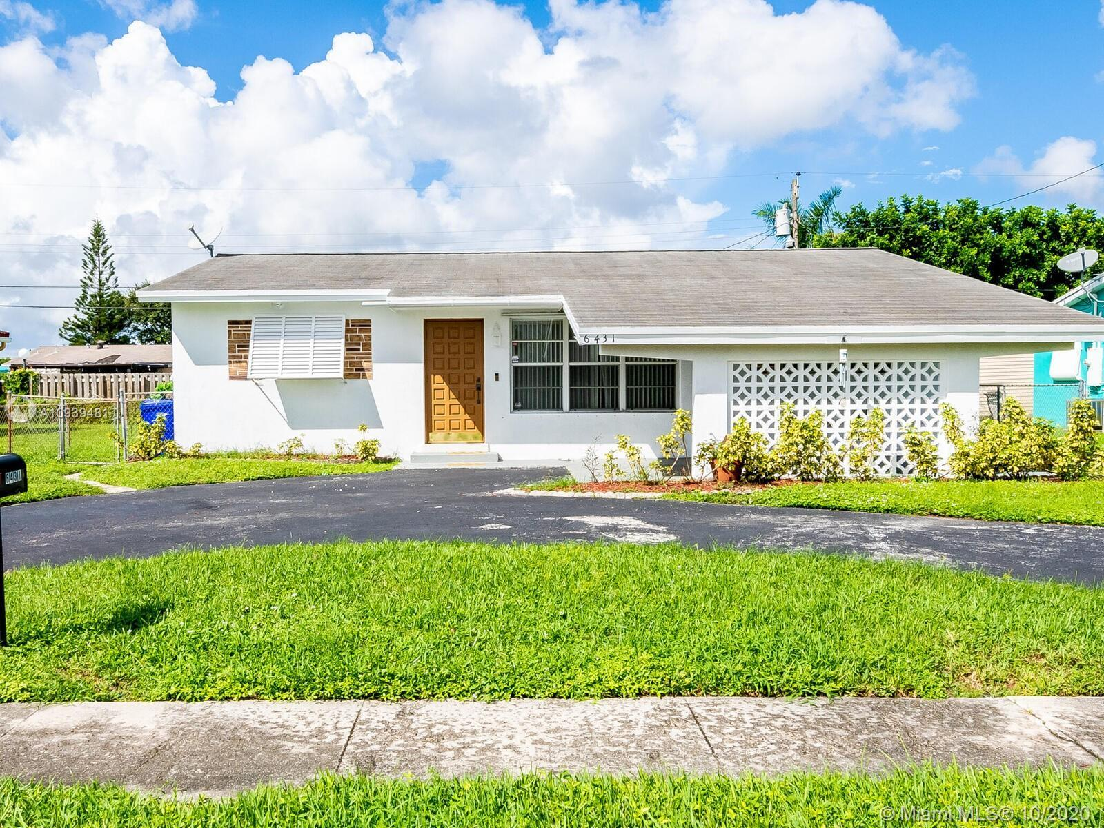 Spacious and Bright 3 Bedrooms 2 Bathrooms Single Family House ready to move in with a fenced back y