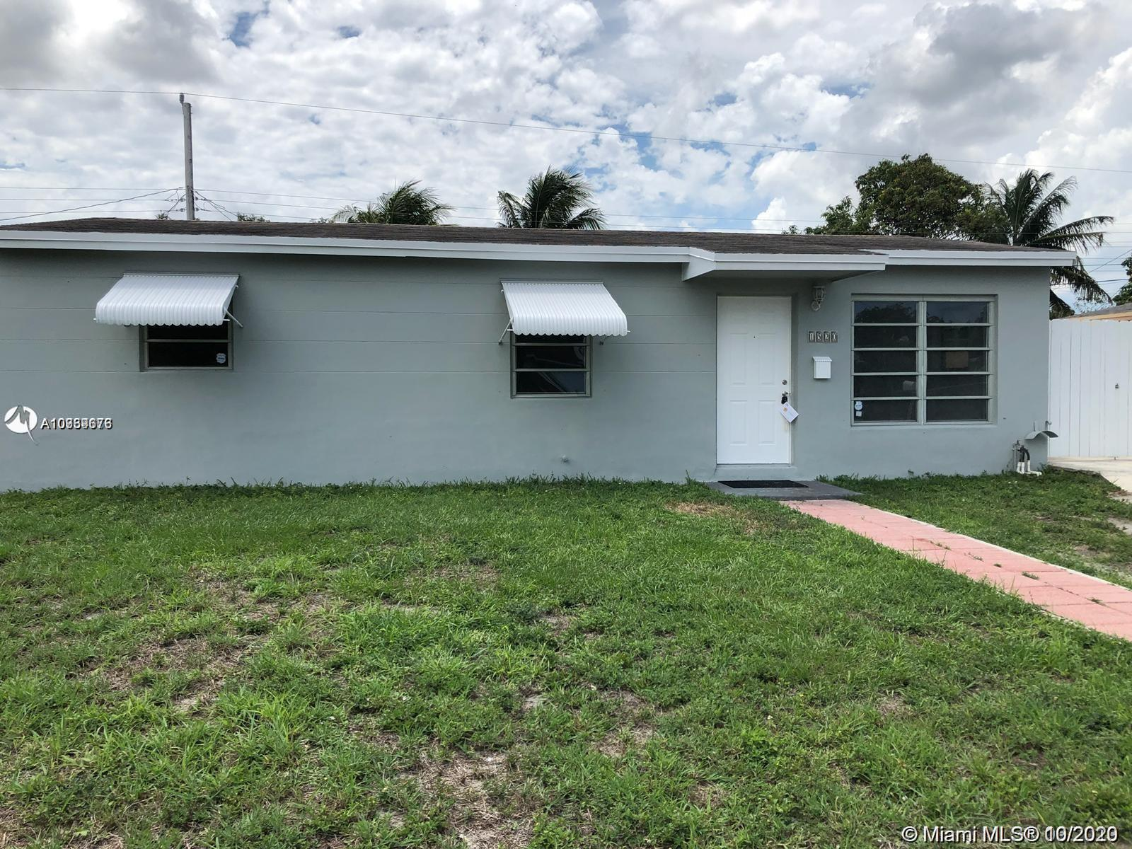 INVESTORS ONLY. RENTED THROUGH NOVEMBER 2021. KITCHEN HAS BRAND NEW STAINLESS STEEL APPLIANCES AND G