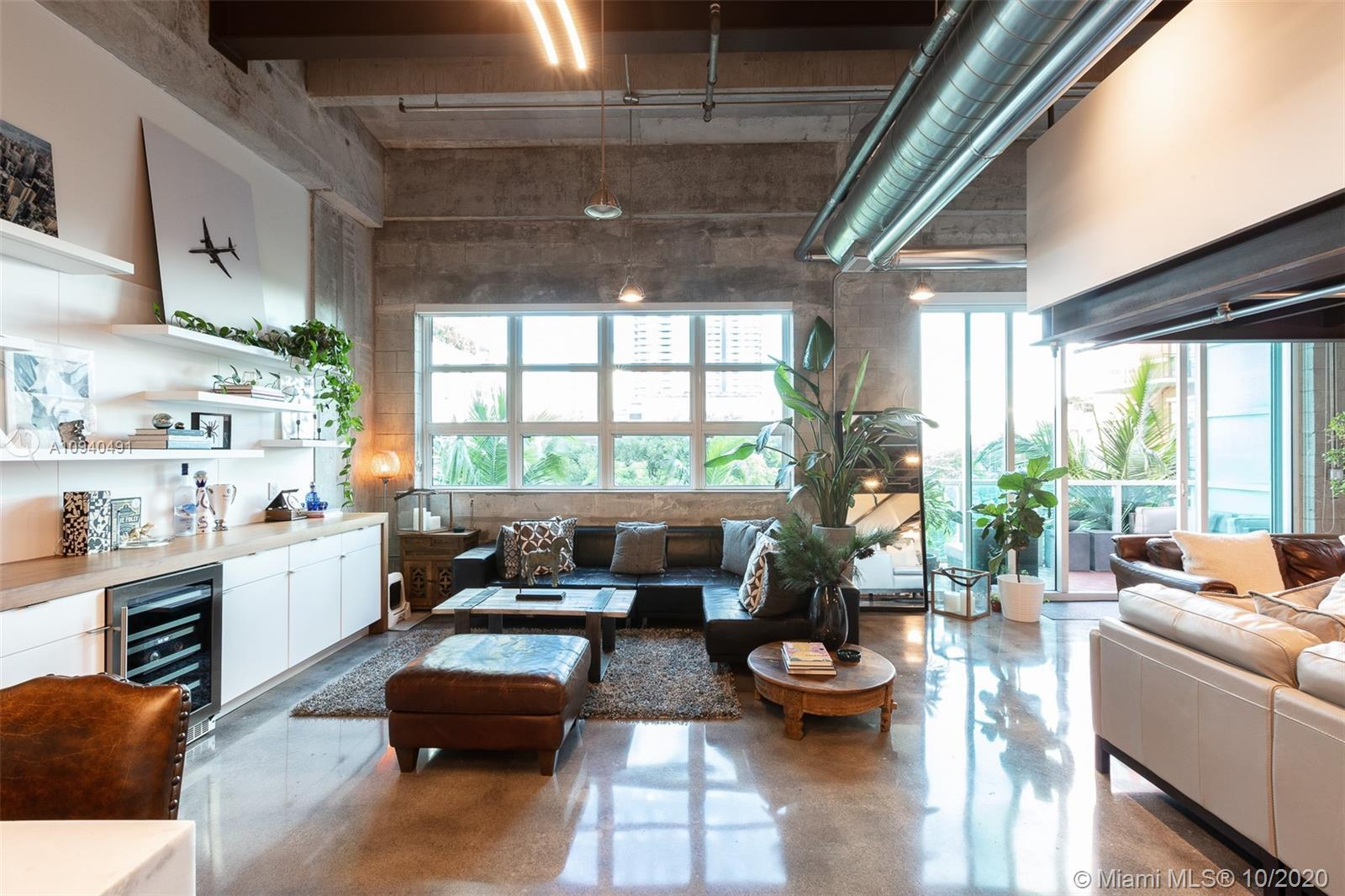 NY Style Industrial Loft recently renovated, 2 bathrooms, 2 levels, and new kitchen and appliances!