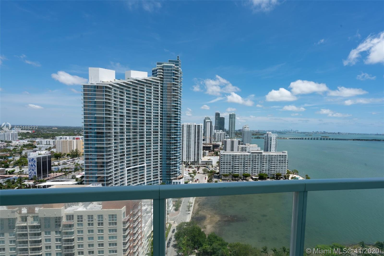 2 bedroom 2 bath Split floorplan. Great views of bay and city. Upgraded Porcelain tile throughout un