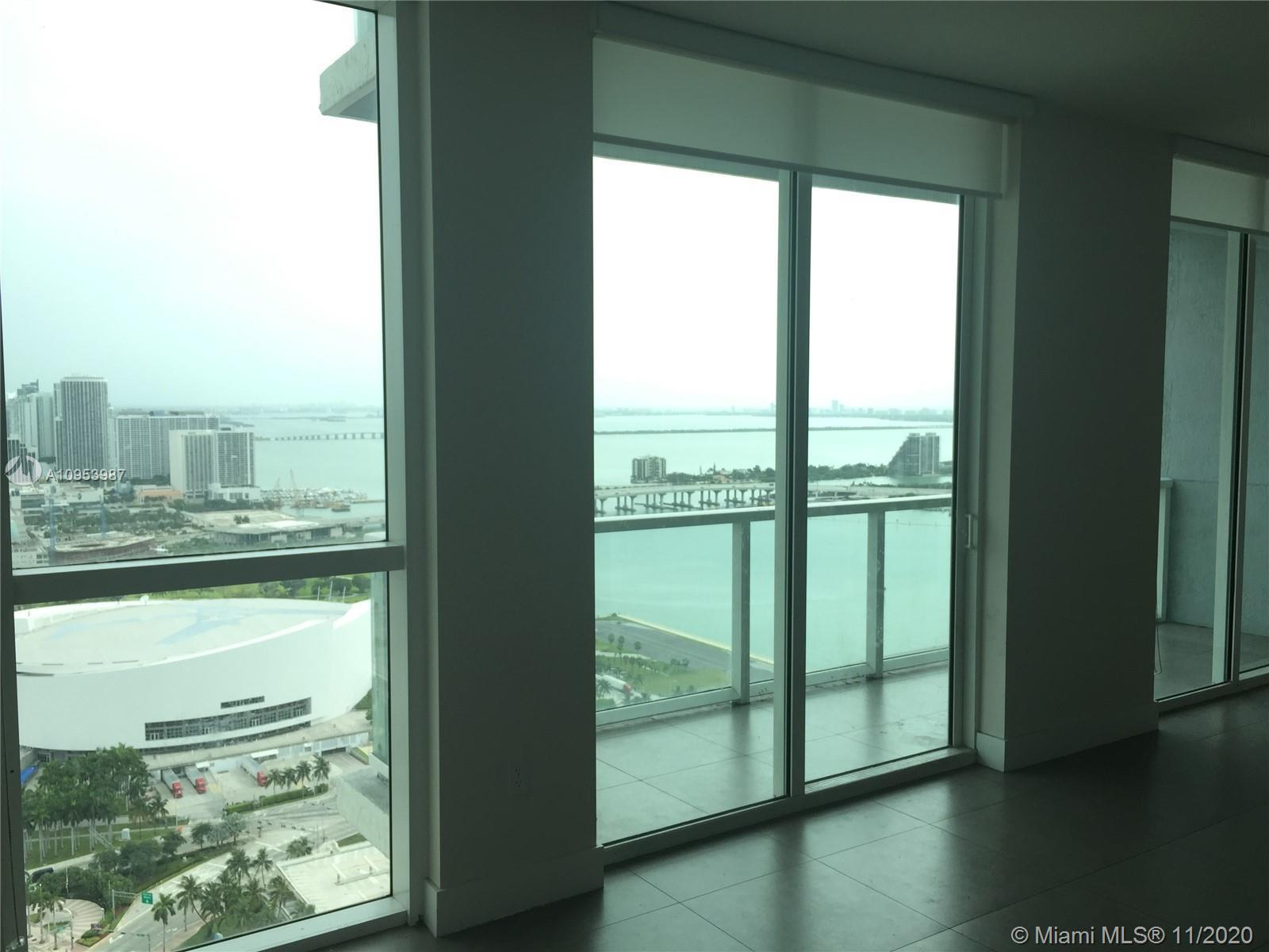 OPPORTUNITY!!!!! Buy this 2 bedroom, high floor in Dowtown miami.