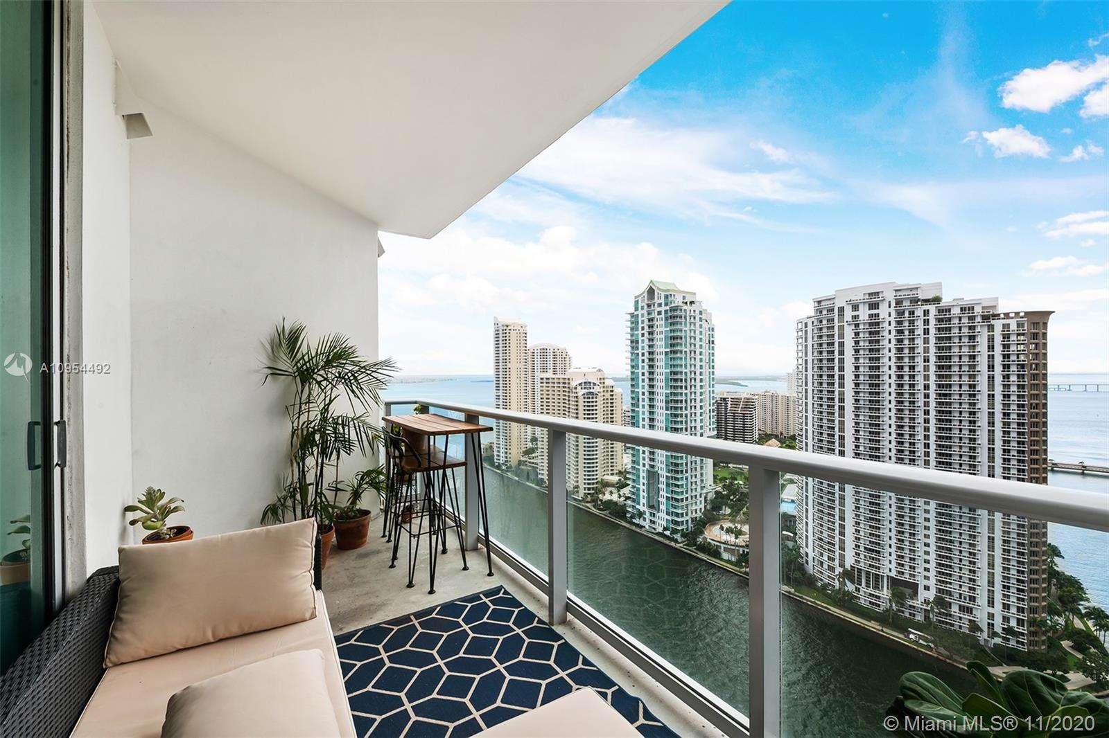 AMAZING BISCAYNE BAY, OCEAN & RIVER VIEWS FROM THIS 2 BEDROOM, 2 BATHROOM UNIT WITH SOUTHEASTERN EXP