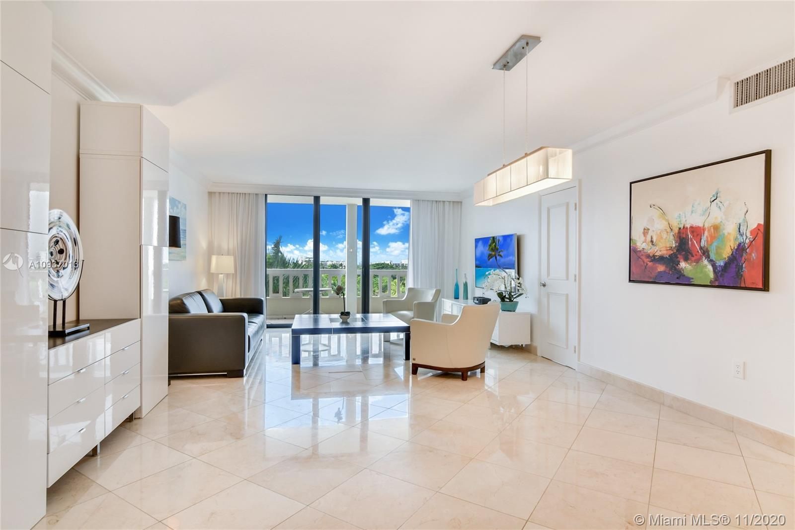 Balmoral Condo at Bal Harbour Florida, unit 7Q with 1,388 SqFt. Very illuminated, beautiful sunsets