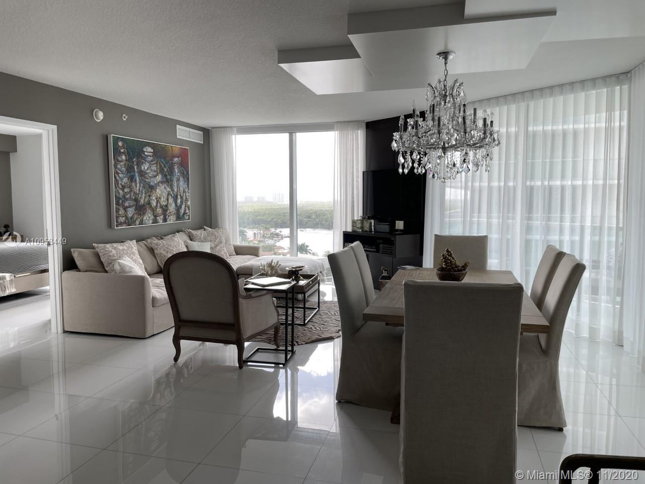 Location location location!!! Beautiful water views from living rooms and master bedroom, 3 Bed/2 Ba