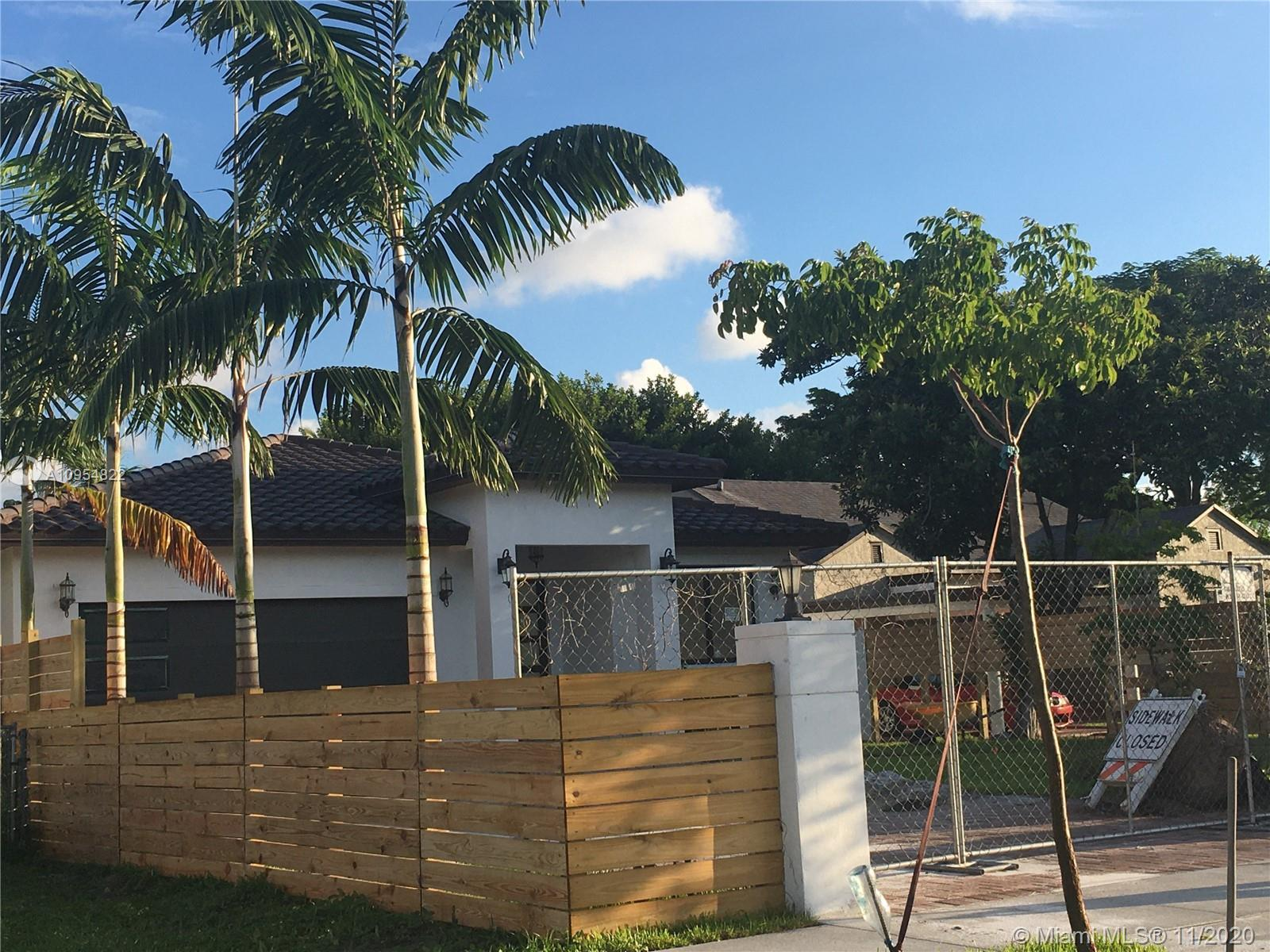 QUALITY CONSTRUCTION IN HIGHLY DESIRABLE AREA OF HOLLYWOOD/ AMAZING NEW CUSTOM DESIGN SINGLE FAMILY/