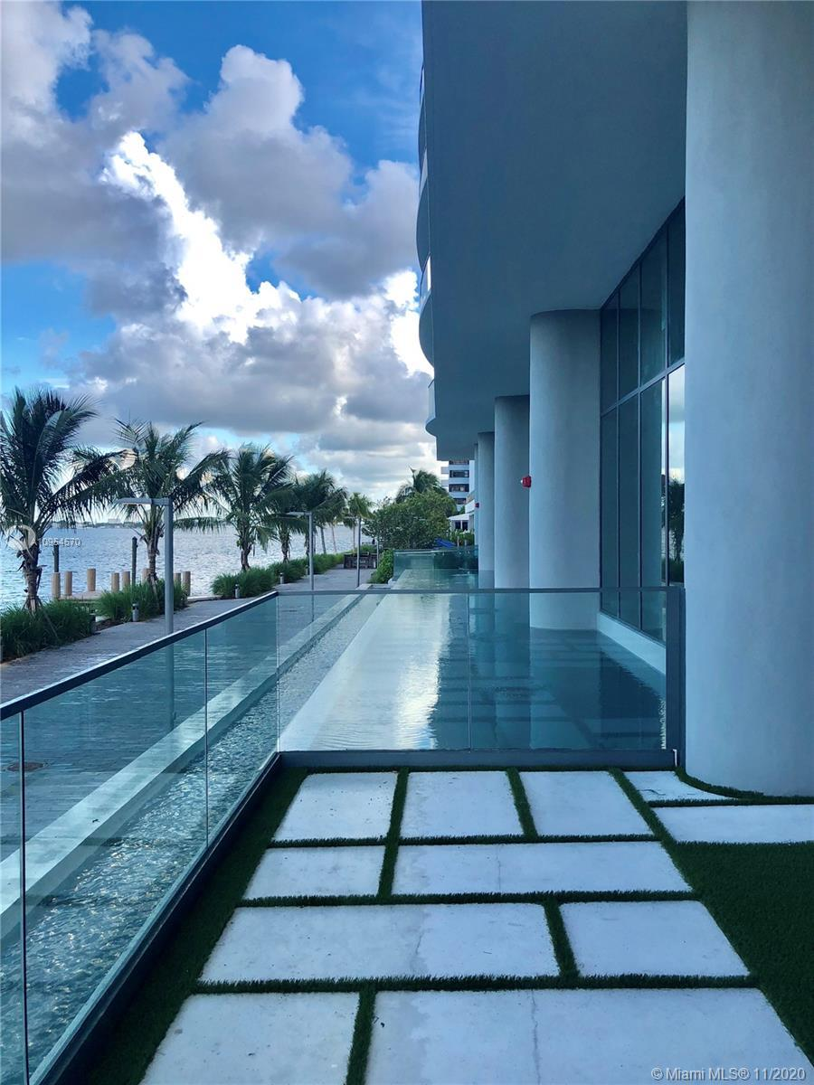 Unparalleled direct unobstructed views, amenities and luxury abound at the Paraiso District's premie