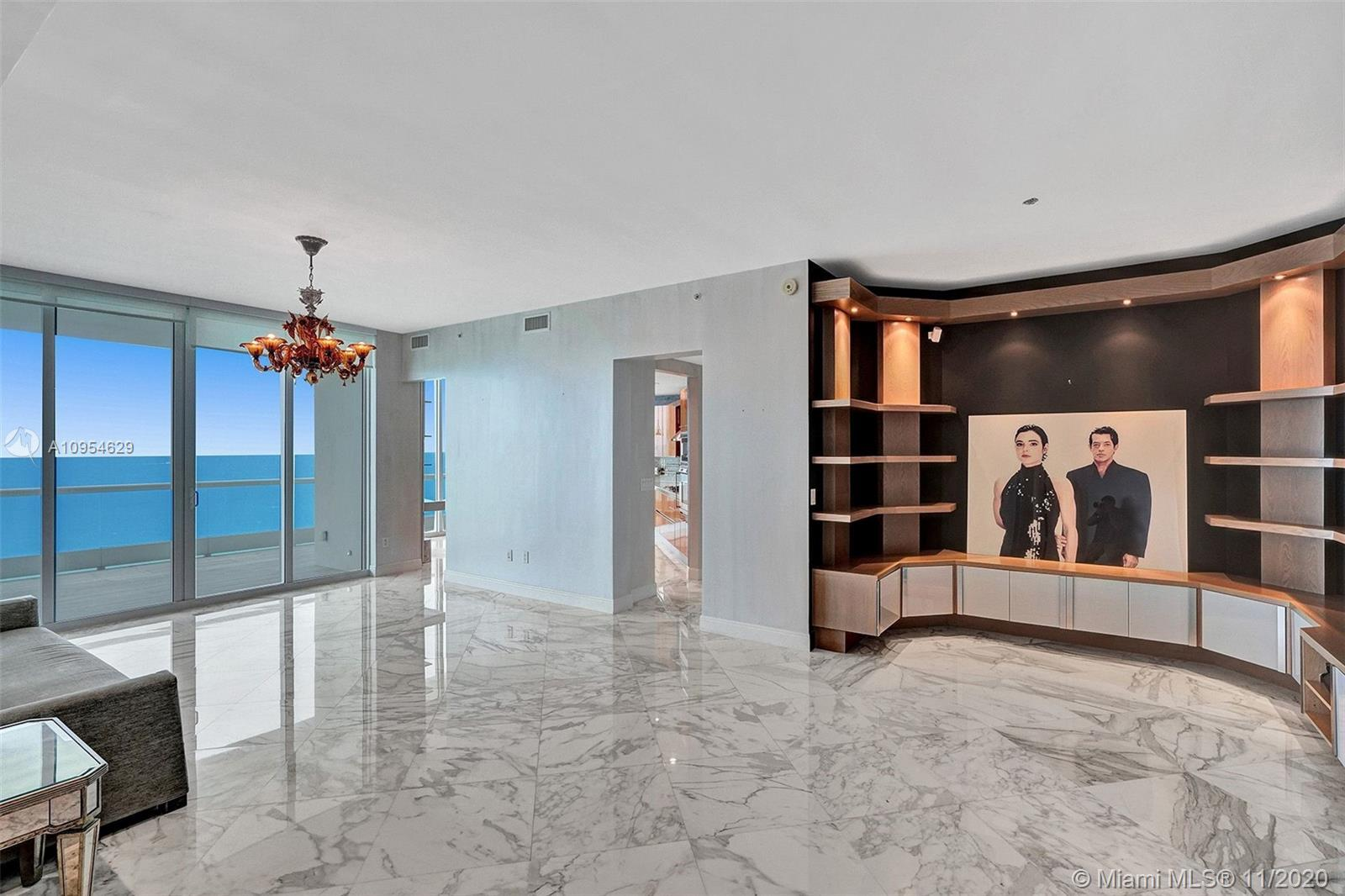 Turnberry Ocean Colony: One of my favorite condominiums on the ocean in Sunny Isles. Fabulous split