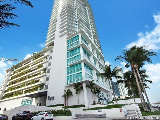 Do not miss this spectacular waterfront unit, completely updated, amazing sunrises, and sunsets. Ful