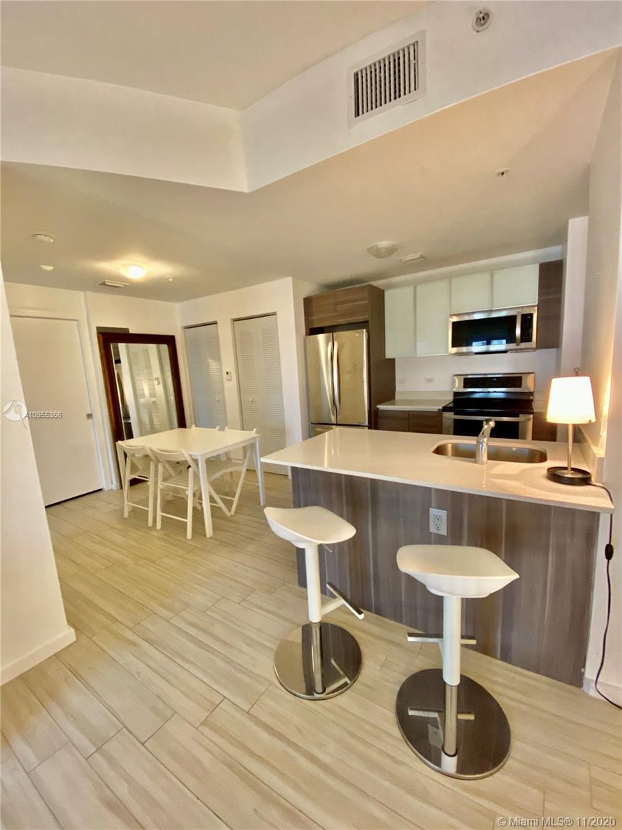 New Construction, 1bd 1 ba, 800 sqft. Italian design and stainless steel appliances, ceramic floors,