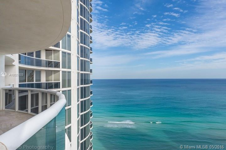 MUST SEE! PRICED TO SELL! Totally remodeled 4 bedroom/4.5 bath unit! Currently the largest unit at O