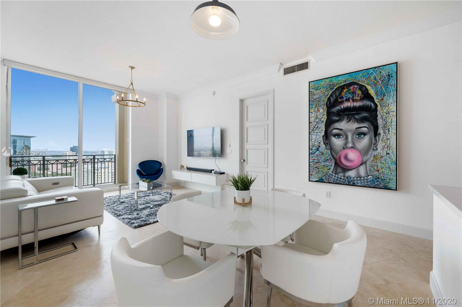 Stunning views of the ocean, intracoastal and a gorgeous city skyline from this Upper Penthouse balc
