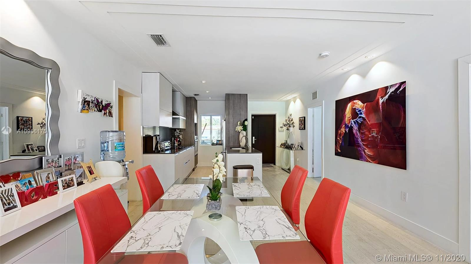 Surfside Slice of Heaven fully remodeled contemporary 3bd home situated blocks from the beach. Moder