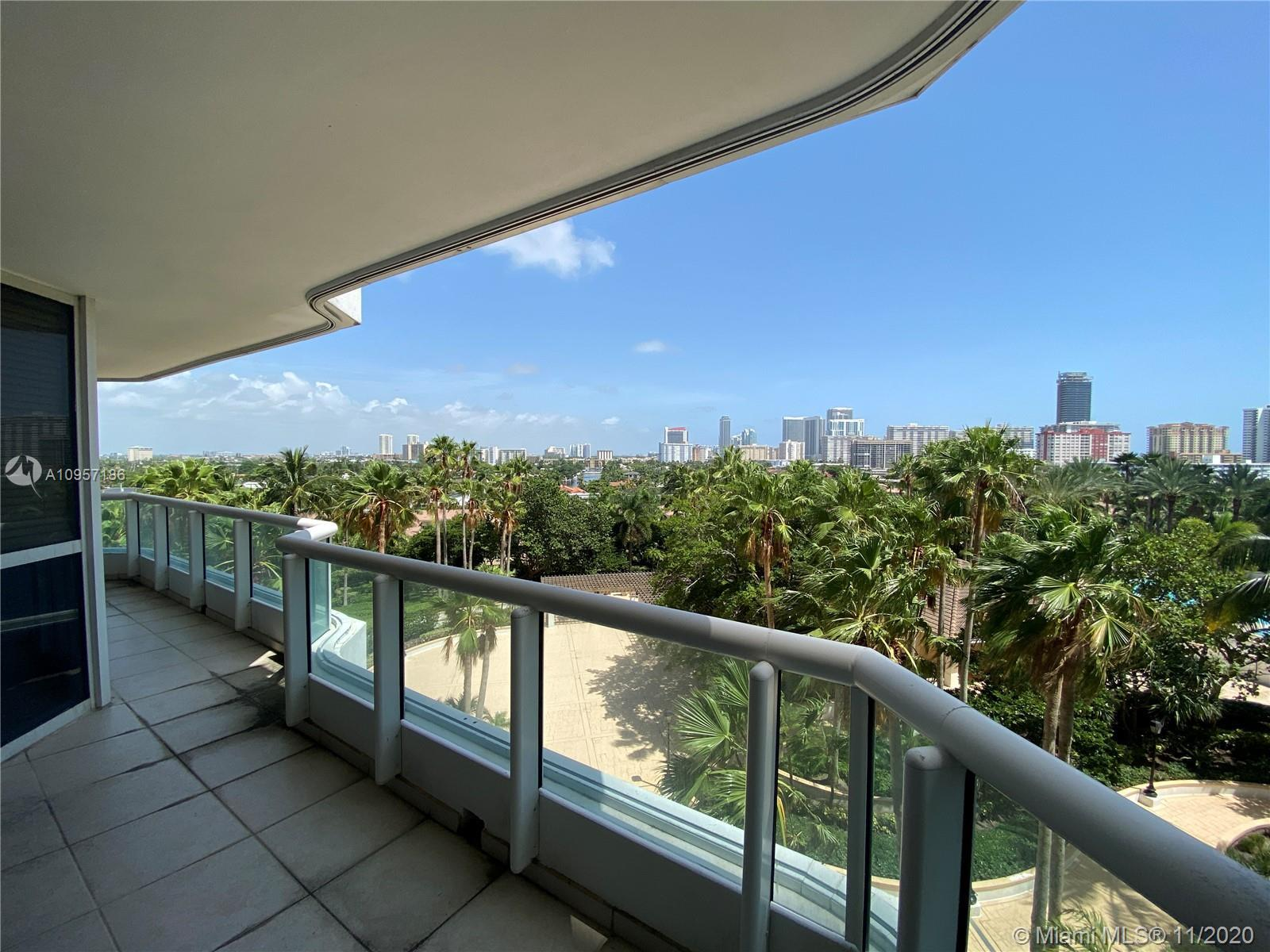 Best line in the building! The apartment is in one of the best buildings in Aventura with 3 bedrooms