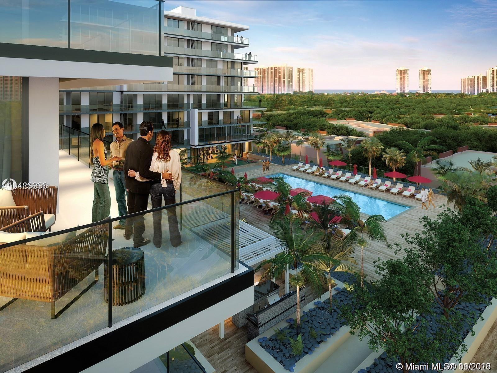 BRAND NEW NEVER LIVED IN RESIDENCE IN THE NEW CENTER OF LIVING IN AVENTURA - AVENTURA PARKSQUARE. Th