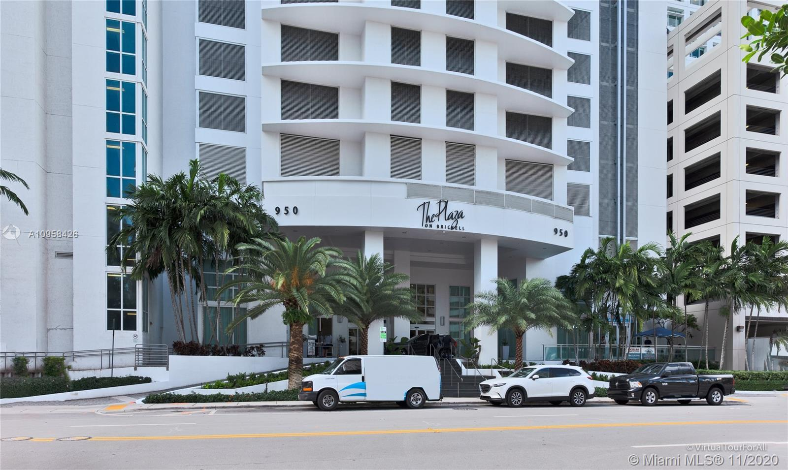 AMAZING 2BED / 2.5 BATH  BRIGHT CORNER UNIT WITH BEAUTIFULL CLEAR VIEWS ,WRAP AROUND BALCONIES, AND