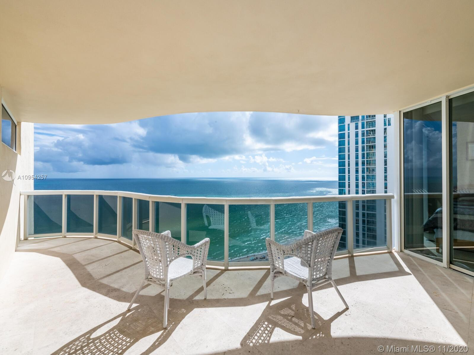 Great unit direct oceanfront available for sale in the heart of Sunny Isles, fully Furnished and Sta