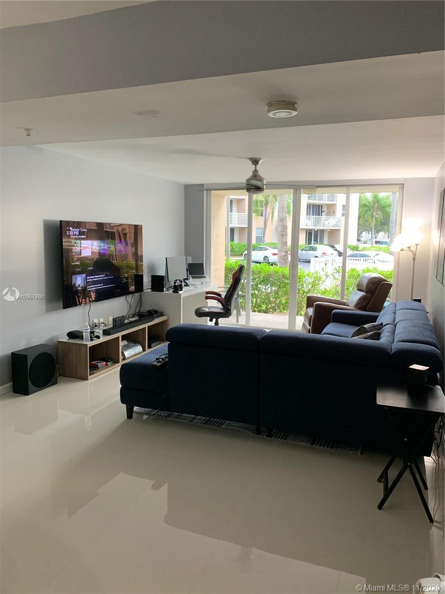 Recently renovated, fabulous, bright and  spacious condo; Split bedroom floor plan, washer and dryer