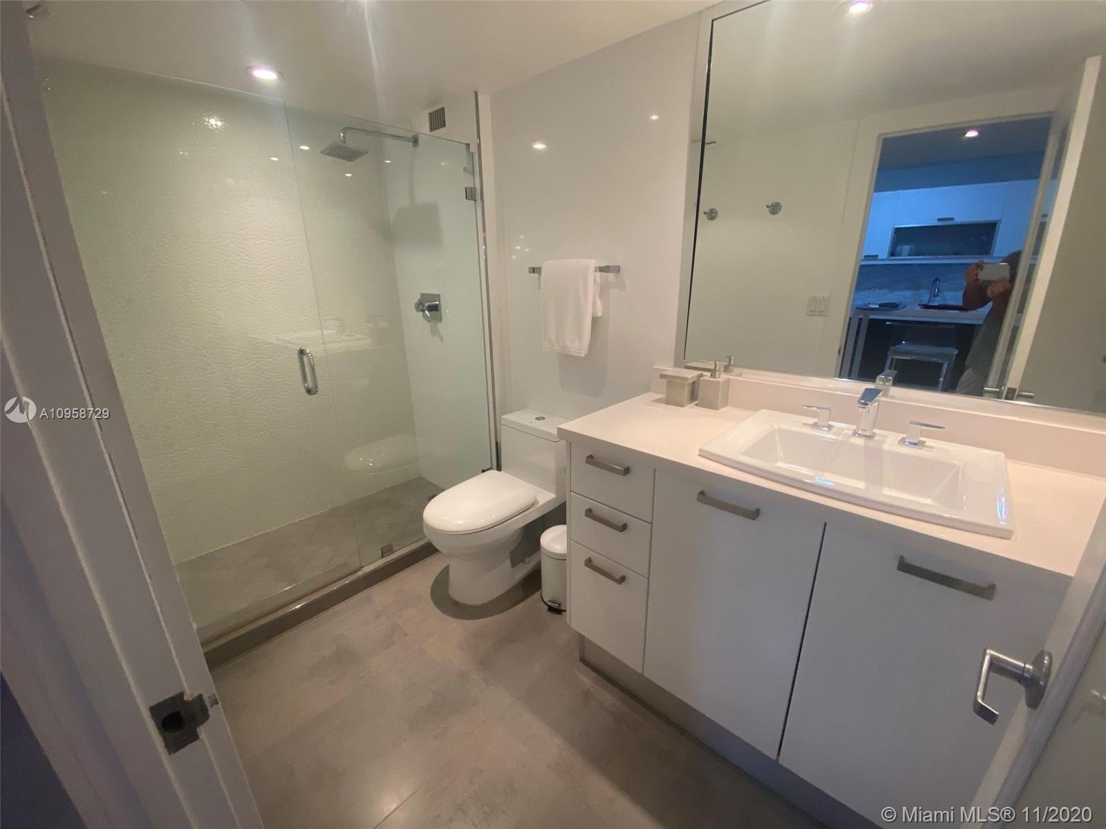 Direct Oceanfront overlooking The 1 hotel pool and ocean side. Modern studio, fully Renovated with f
