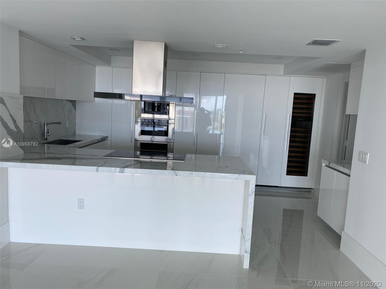 This is a fully upgraded BRAND NEW penthouse unit with 4 bedrooms and 4.5 bathrooms. Beautifully and