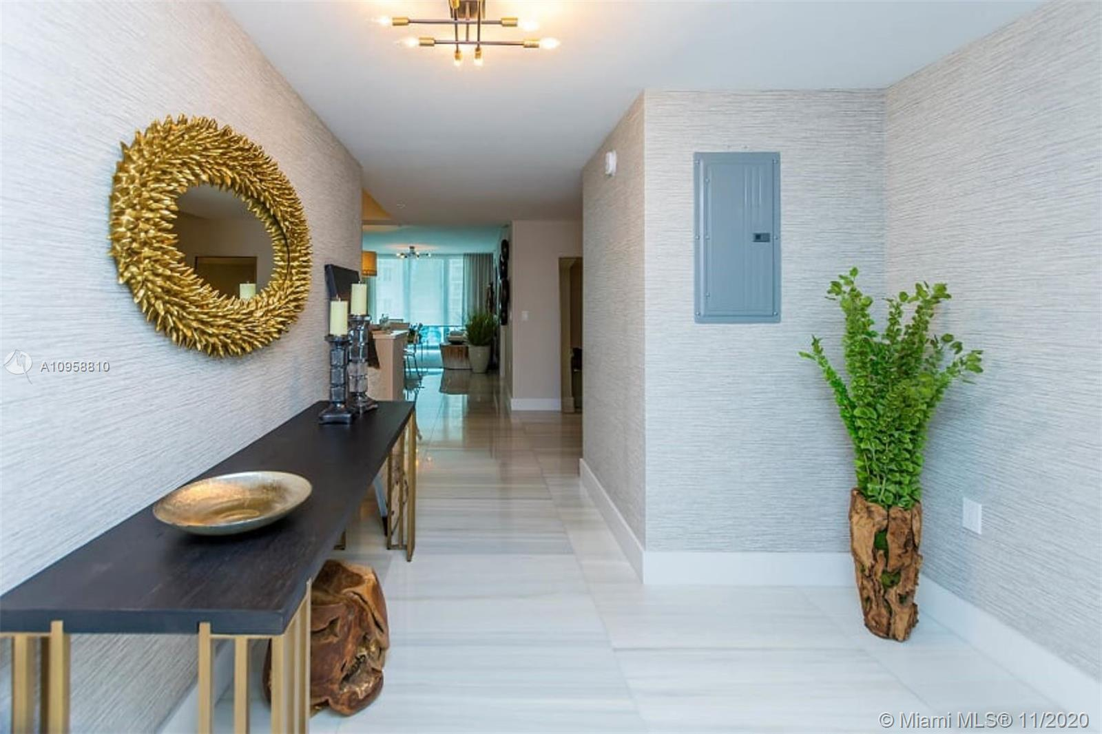 This is a fully upgraded and furnished 2bedroom+den/3 bathroom unit. Beautifully and tastefully deco