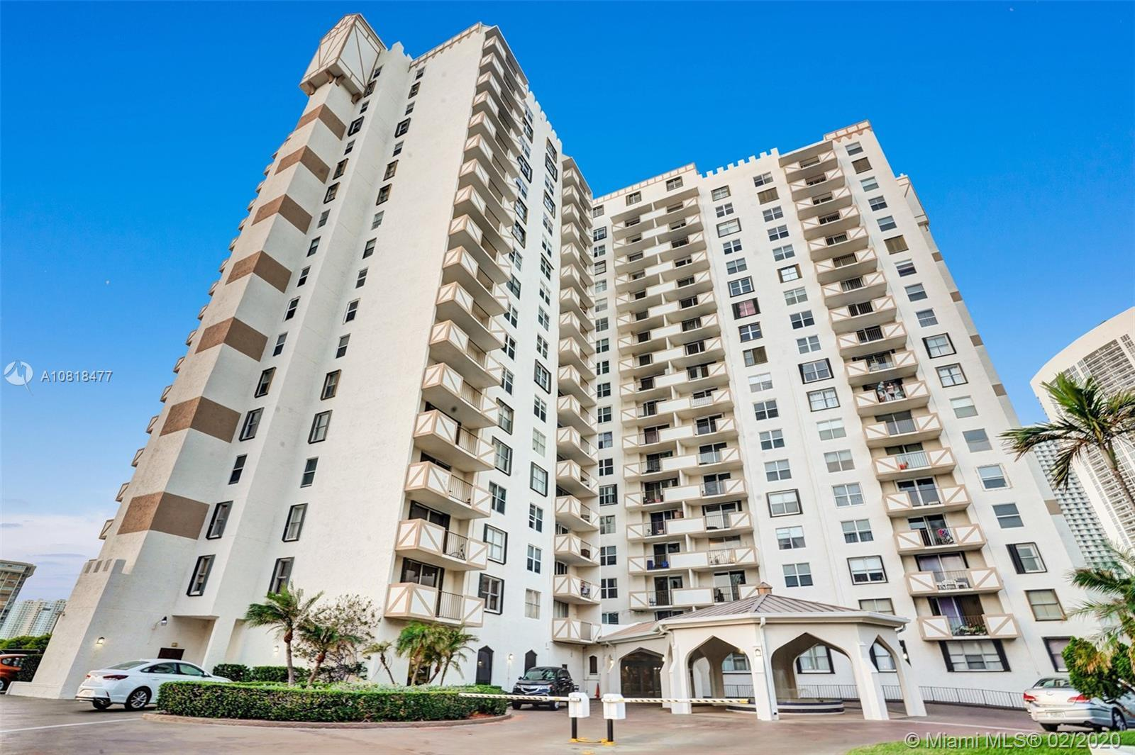 Come see this hidden gem; one of the largest 1 bedroom units in all of nearby Ocean Dr. Boasting 130