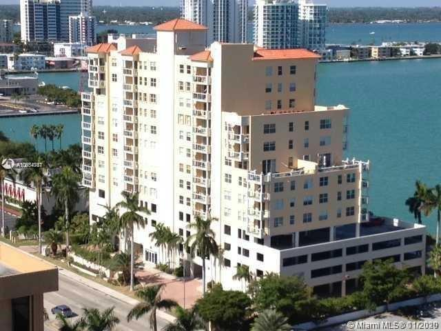 BEAUTIFUL 2 bedroom 2 bathroom  and  direct water view. Built in  2003  IN THE HEART OF NORTH BAY VI
