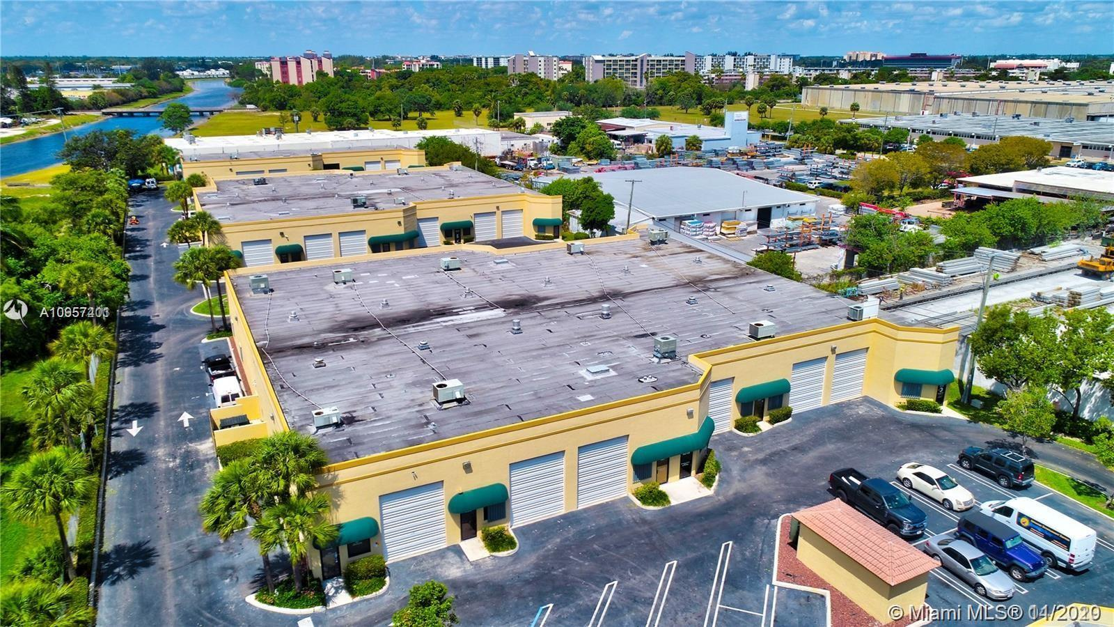 Excellent opportunity! Quiet warehouse complex in Pompano Beach safe and secure close to all major highways. This warehouse has a 12 x 14 door 69 feet deep 1266 ft.² with a bathroom and 20 foot ceilings. The community is zoned B3 can be used for small business or storage two assigned parking spots and very clean. Water and trash are included. Must See!