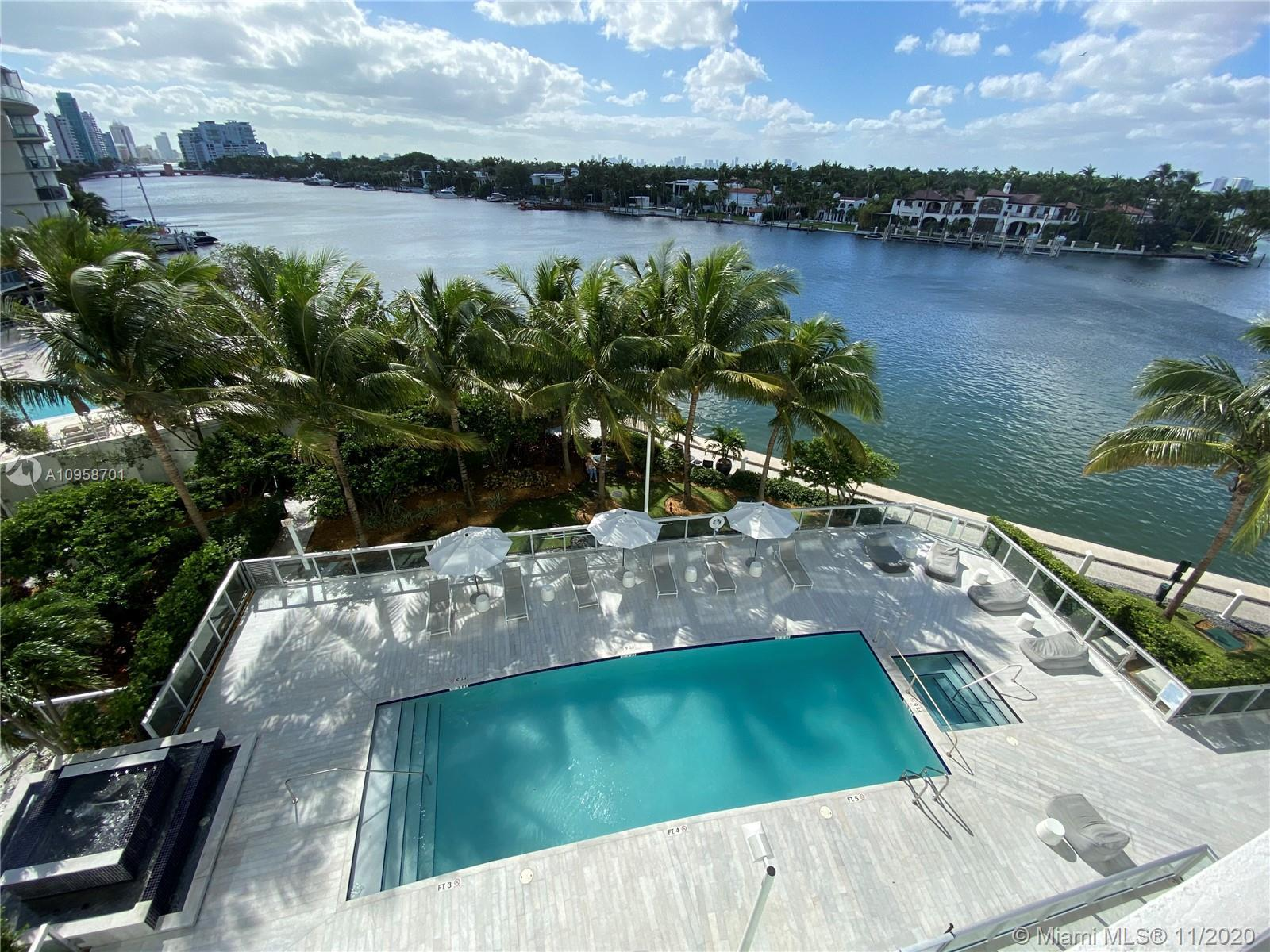 Beautiful Furnished 2 beds/2 baths, with bay and intracoastal views in Miami Beach. This modern new