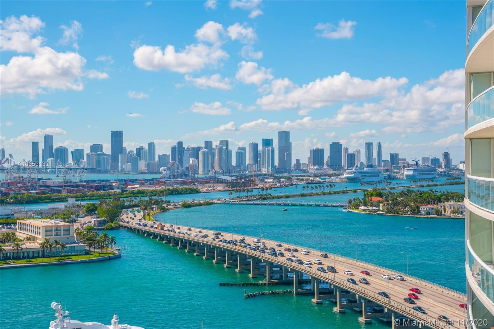 This 07 line at the Icon offers unparalleled views of the Bay, Downtown, Marina, Ocean and City. Ove
