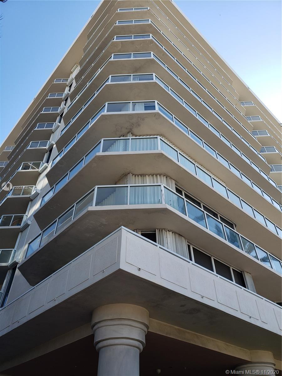 Excellent unit in Surfside, clean beaches, walk to shopping, restaurants and Bal Harbour shop, Fendi