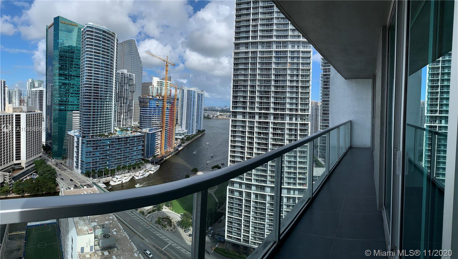 Great opportunity to own a 2 bed/2 bath north-facing unit in the heart of Miami's desirable Brickell