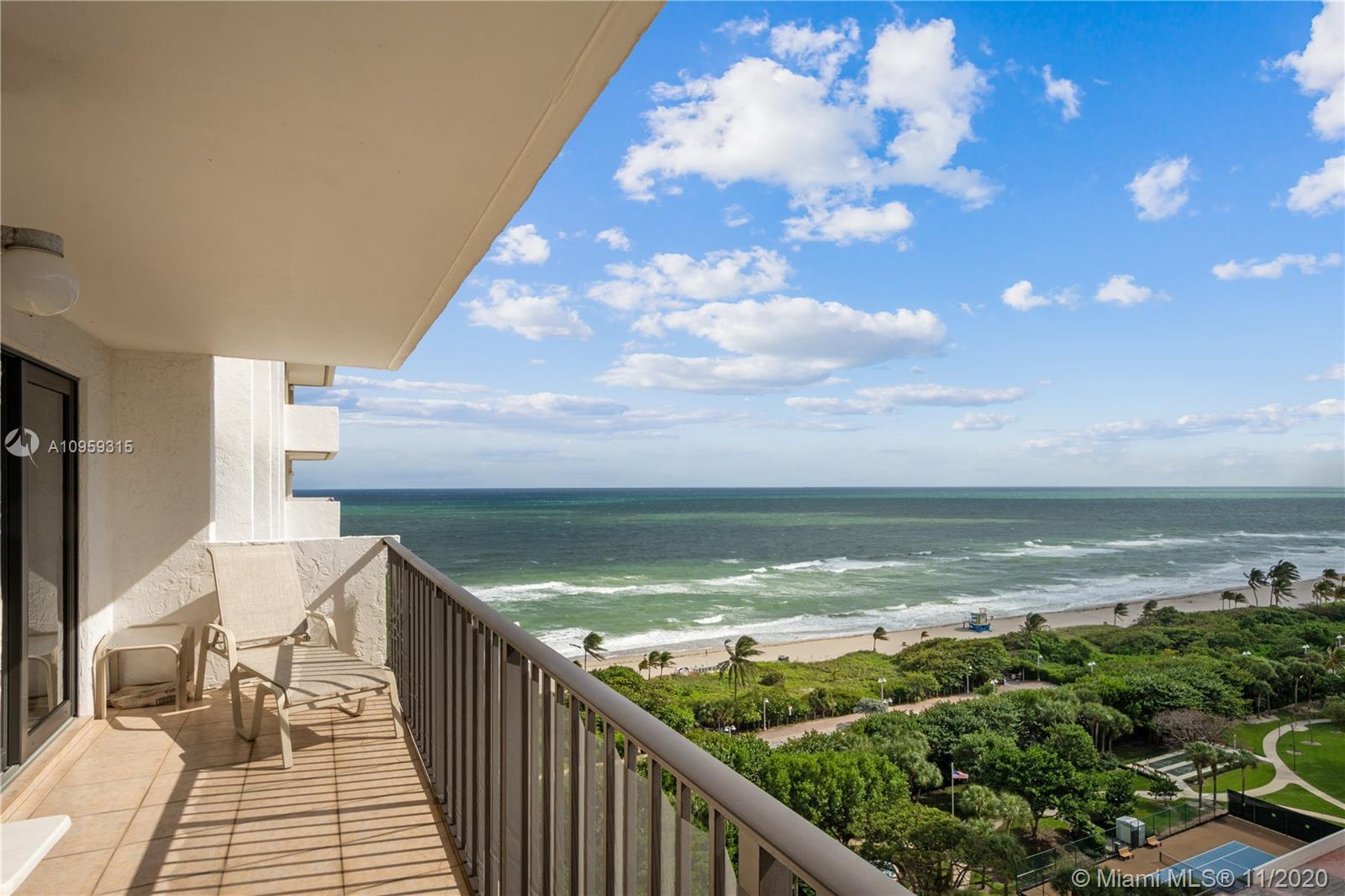 INCREDIBLE OCEAN, INTRACOASTAL, AND POOL VIEWS FROM THE 16TH FLOOR! NEEDS UPDATING AND IS PRICED RIG