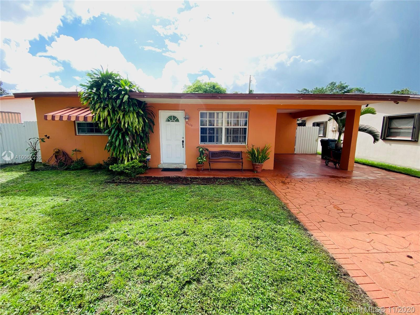 This beautiful 3/2 home home features stainless steel appliances, granite countertops, accordion shu