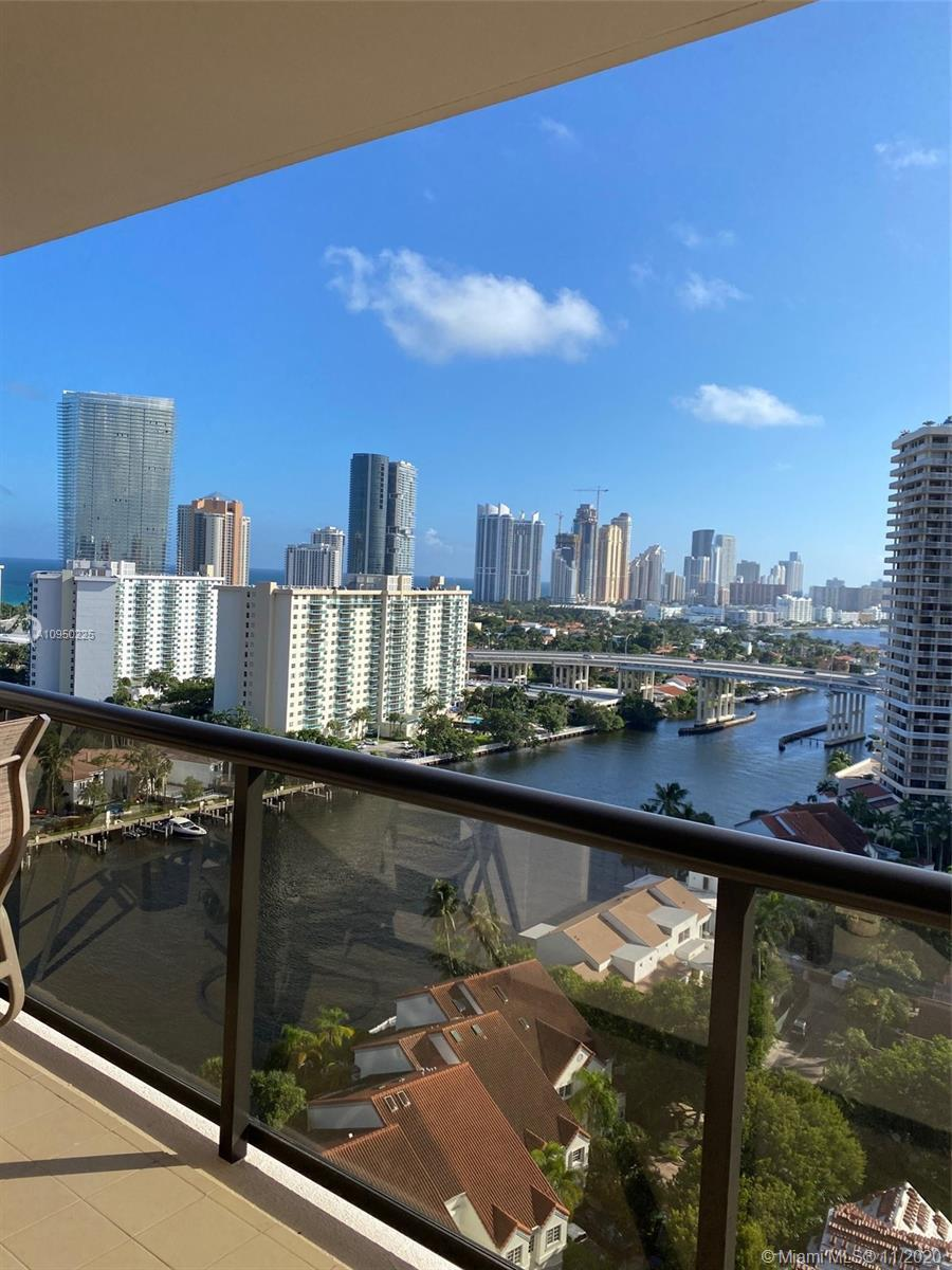 FABULOUS VIEW from Every Room!  Enjoy the Incredible Intracoastal Waterway to Miami's City Skyline &