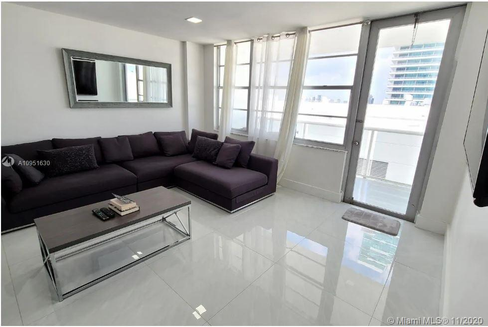 On South Ocean, on the beach, gorgeously renovated and furnished 3 Bed / 2 Bath unit, 2 Bedrooms hav