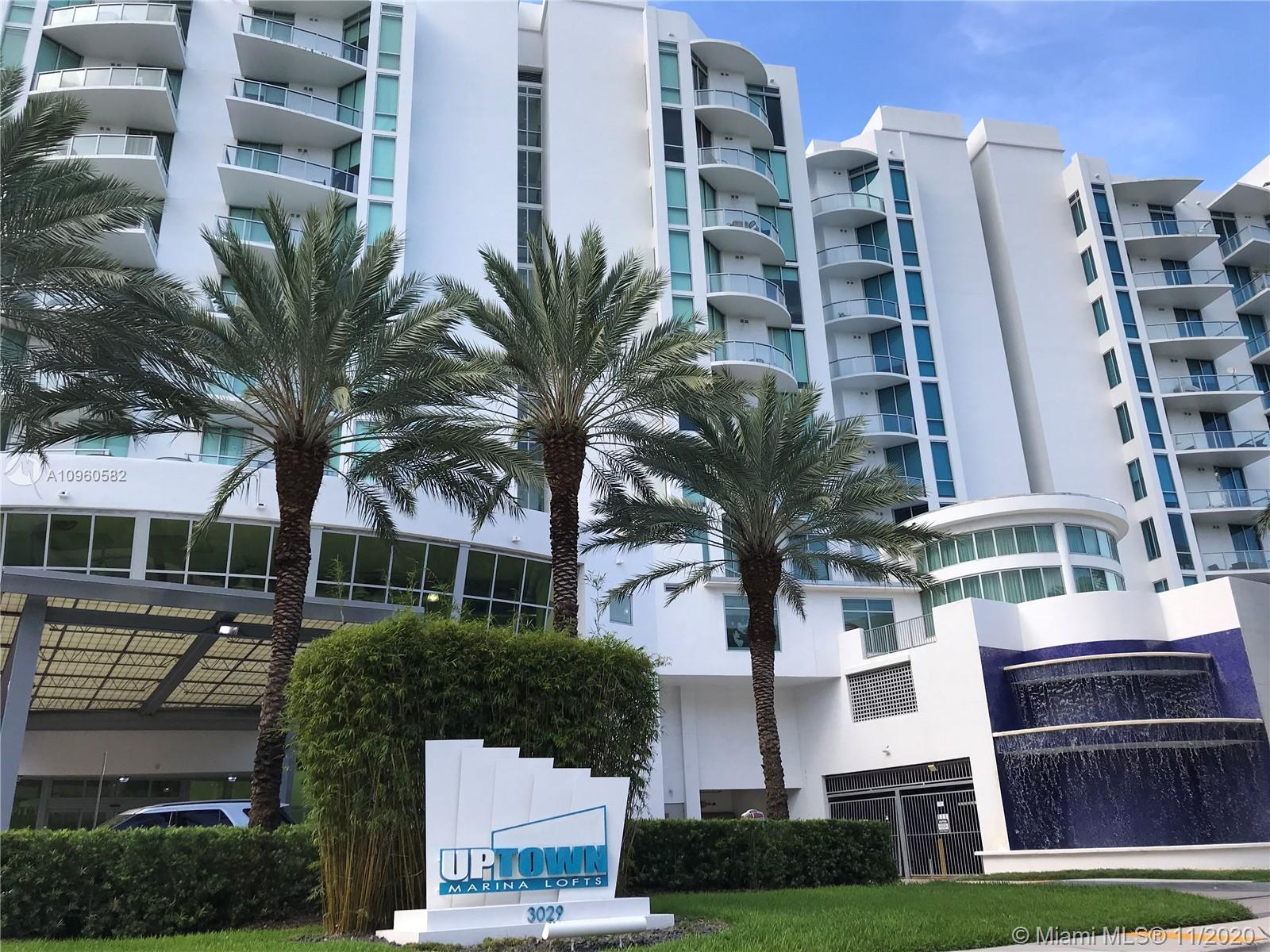 Luxury waterfront condo in the heart of Aventura. 2 spacious bedrooms, 2 bathrooms, 2 balconies with