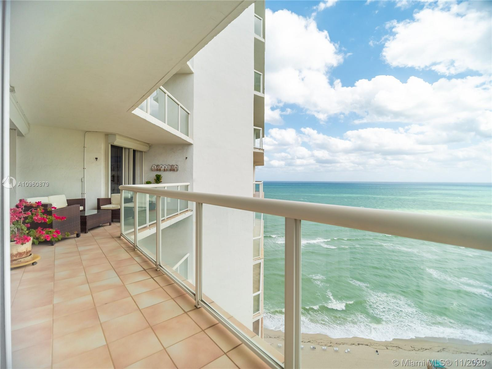 BEAUTIFUL 3 BED/2 BATH BEACH APARTMENT WITH GORGEOUS OCEAN VIEW IN OCEANIA I CONDO. 5 STAR AMENITIES