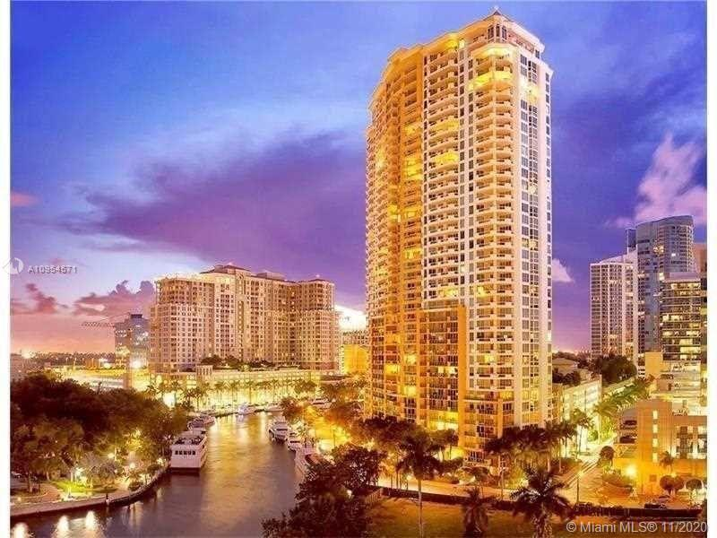 Waterfront condo with great river view located in the center of Las Olas.  It's within walking dista