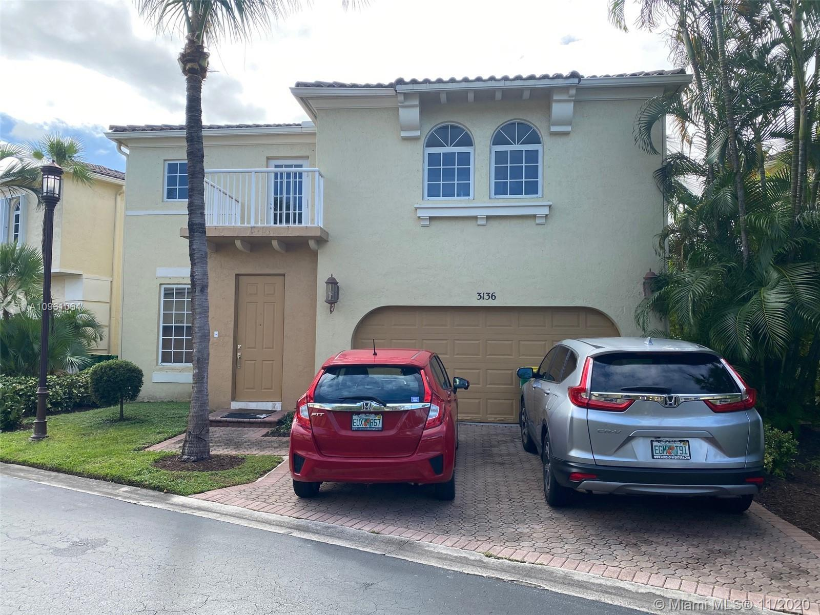 BEAUTIFUL UPGRADED HOME IN AVENTURA LAKES, 3 BEDROOMS 2  BATHROOMS IN PRISTINE CONDITION.
