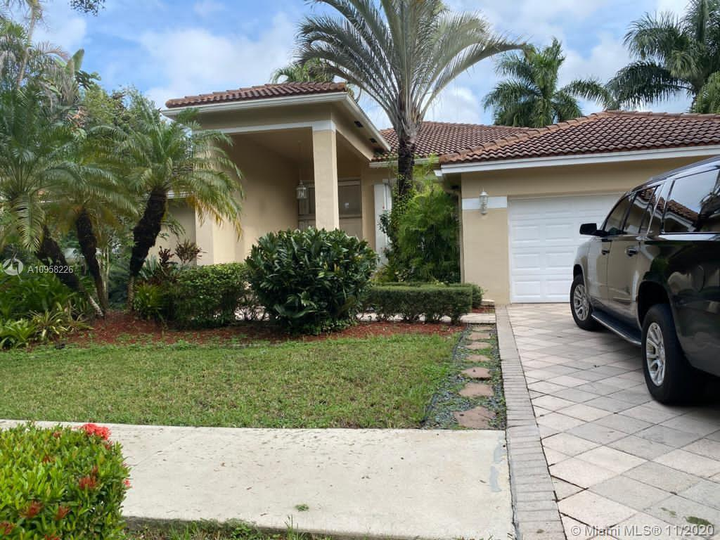 BUYER PAY A $395 PROCESSING FEE AT CLOSING TO BRILLIANCE REALTY GROUP.  Keys at Brilliance Realty G