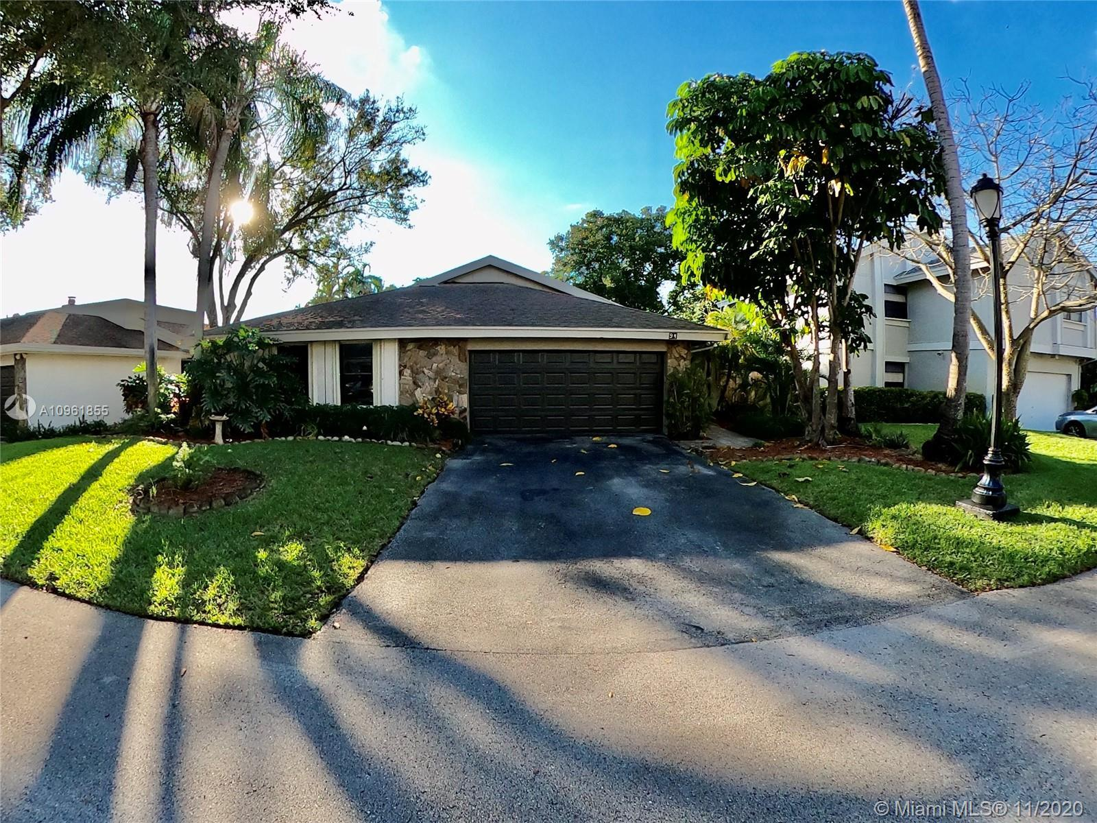 LOCATED IN THE GATED COMMUNITY OF THE GREENS OF EMERALD HILLS. 3 BEDROOM 2.5 BATH AND 2 CAR GARAGE.