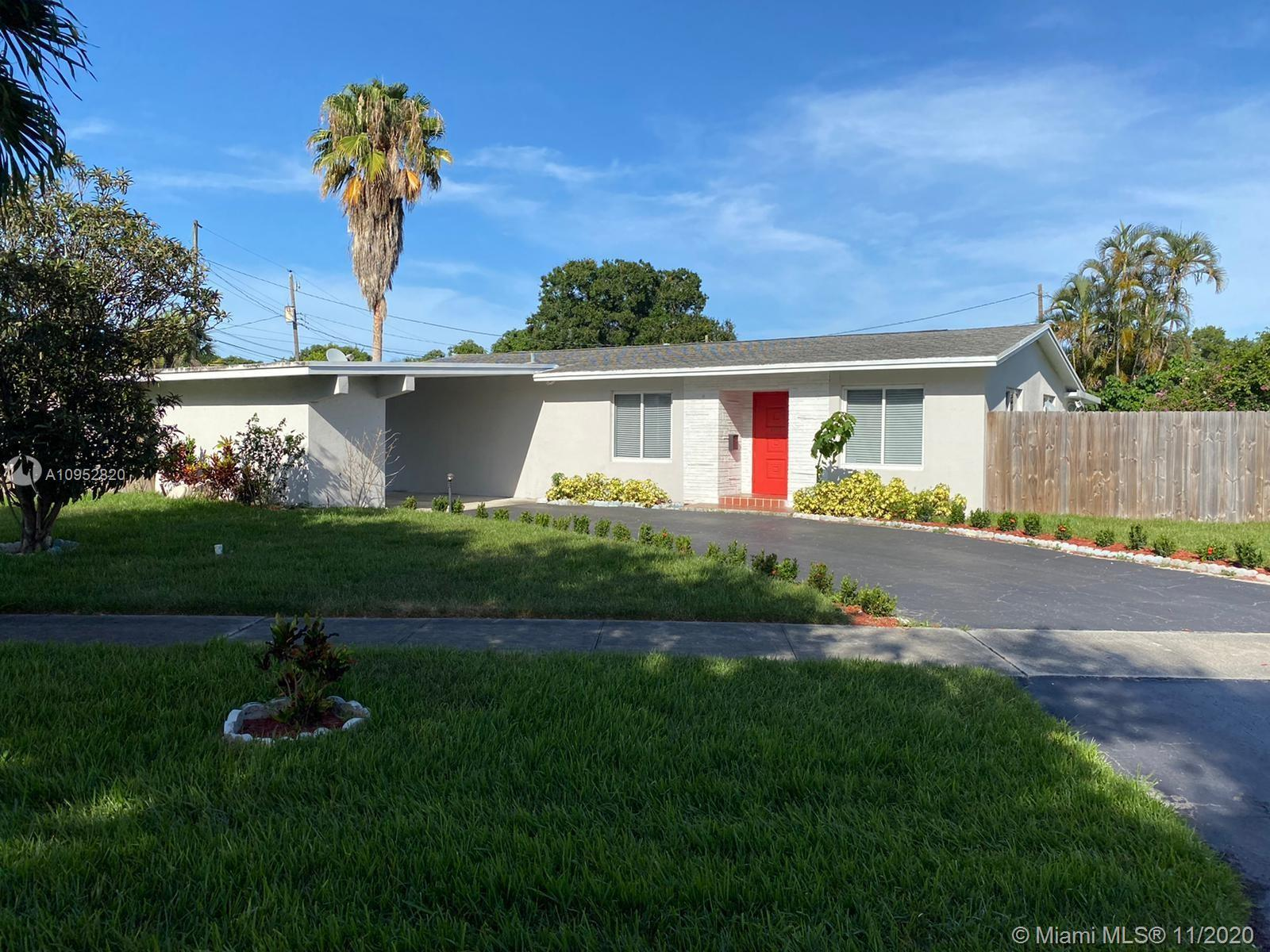 Location-Best Schools-Beautiful One Story Corner House w/Pool=Welcome to prestigious Hollywood Hills