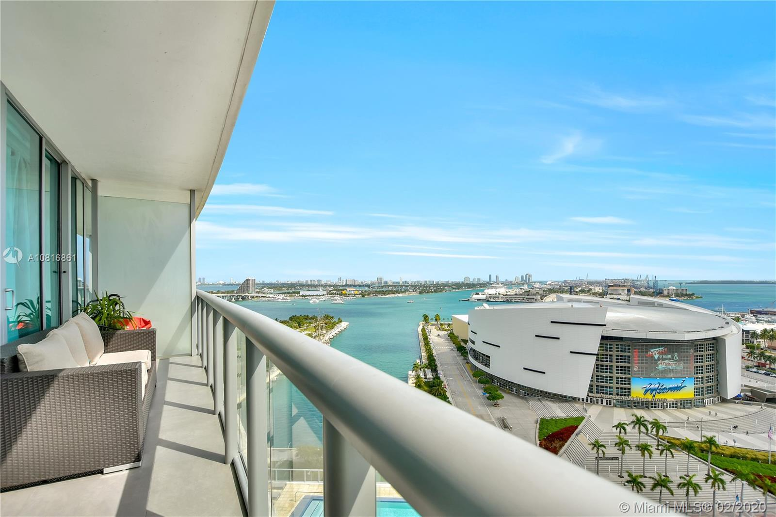 Gorgeous panoramic views of Biscayne Bay, Miami Beach, the Port of Miami, and the Atlantic Ocean in