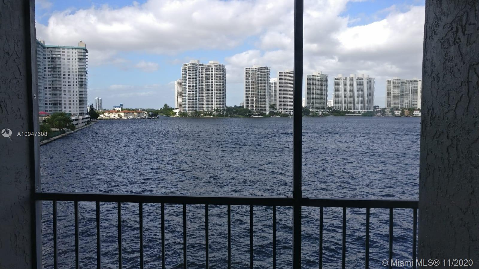 Beautiful APT 2 bed and 2 full bathrooms in very nice area of Sunny Isles Beach. Unobstructed water