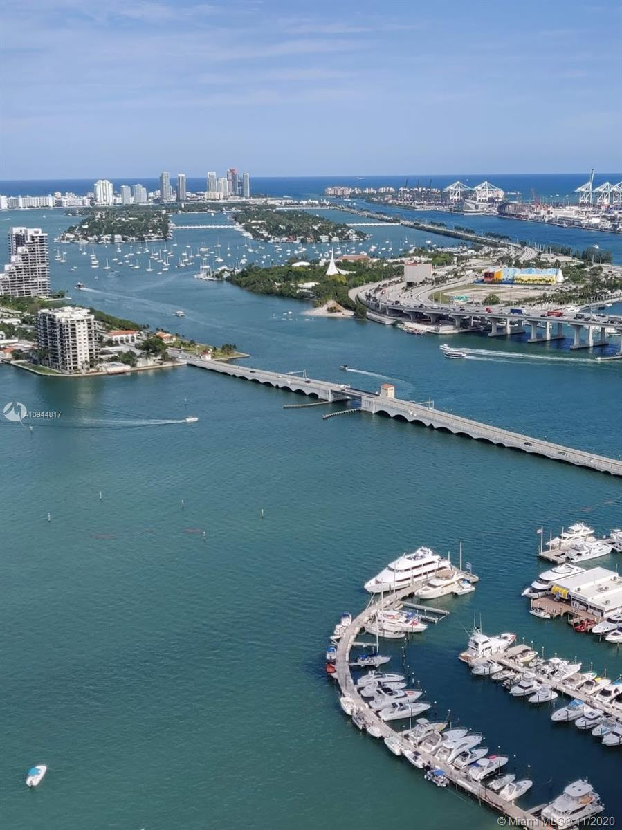 Stunning 3 bed/3.5 bath unit on the 45th floor with unobstructed views of Biscayne Bay, Downtown, Br