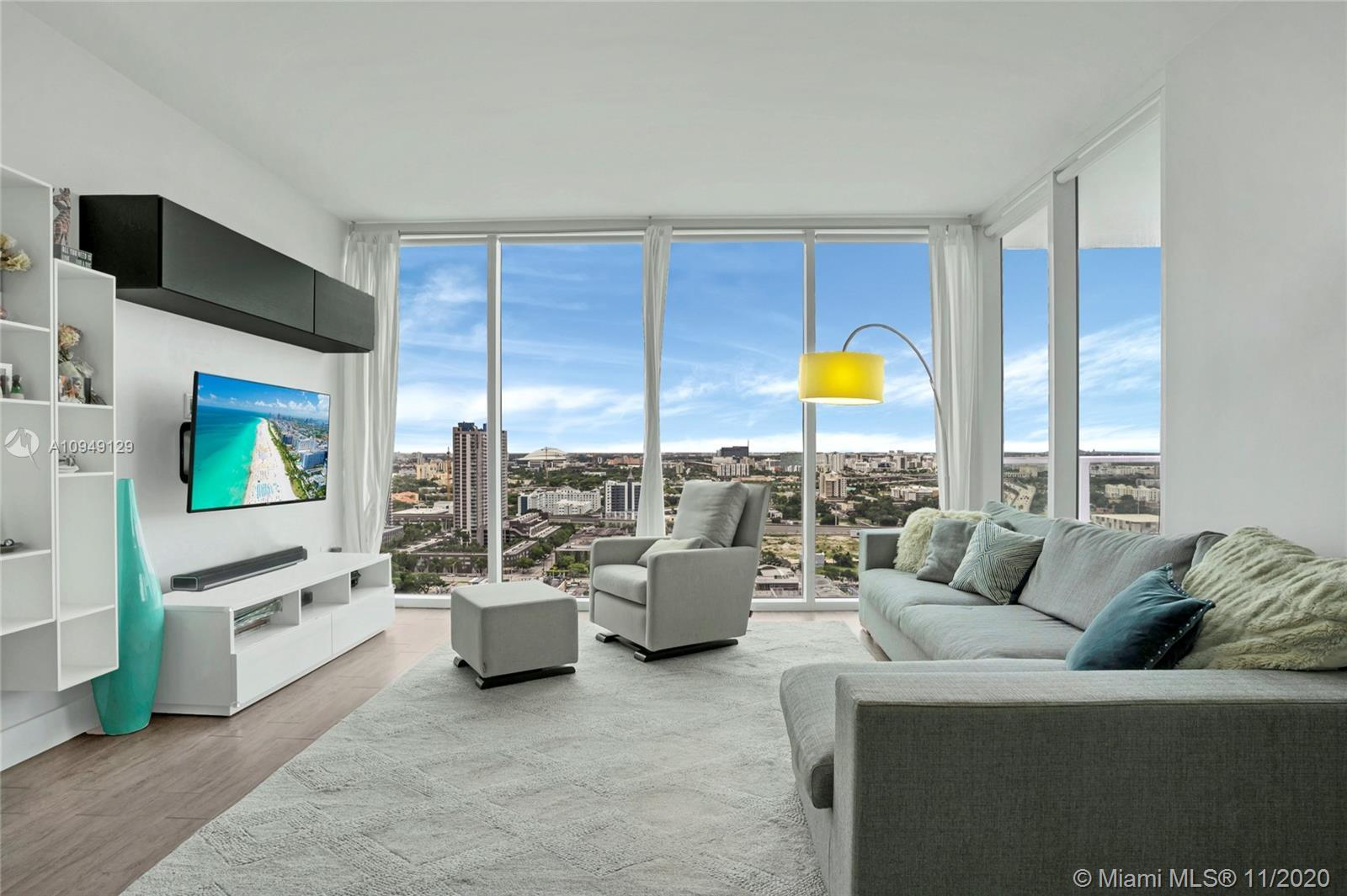 Remodeled unit with endless views upon entry in this 2 bed / 2.5 bath residence in the coveted Ten M