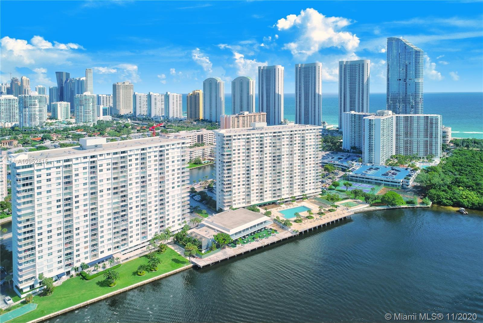 EXCELLENT OPPORTUNITY TO OWN A SPACIOUS 2/2 CONDO WITH GREAT WATERFRONT LOCATION AT AN UPSCALE GATED