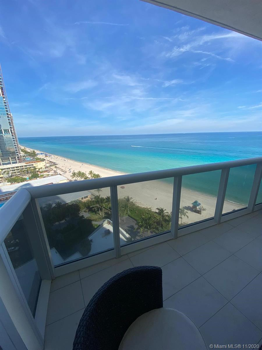GLAMOROUS 2 BR 2 BATH SPLIT, DIRECT OCEAN VIEW!! FEATURED KITCHEN ,DOUBLE OVENS, BUILT-IN COFFEE MAK