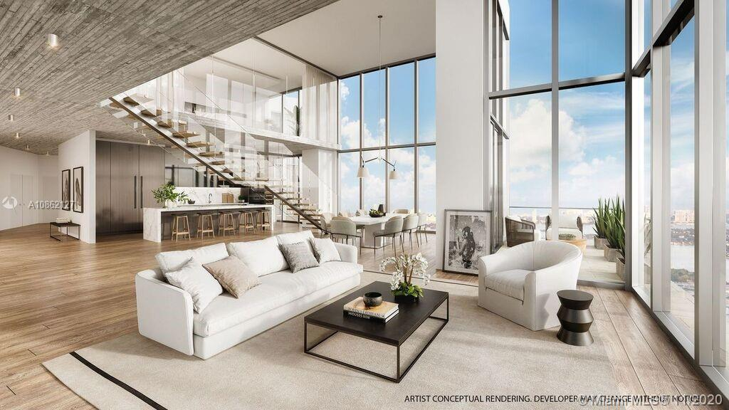 Located within Miami Worldcenter, the second largest master planned community in the U.S., PARAMOUNT